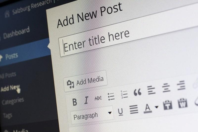 Scrivere il titolo di un articolo